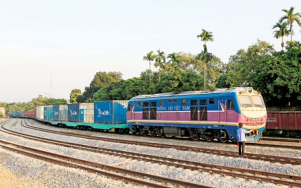 Vênh khổ đường sắt, vận tải Lào Cai - Trung Quốc bị nghẽn