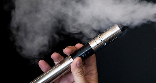 Hút thuốc lá điện tử cũng không giúp bạn sống lâu hơn đâu, chúng đều gây ung thư cả đấy!
