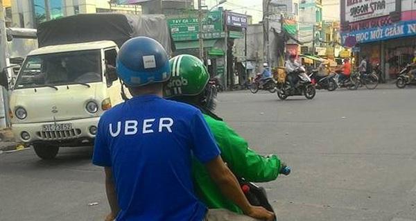 Tại sao Honda vội vàng rót tiền vào Grab mà không phải là Uber?