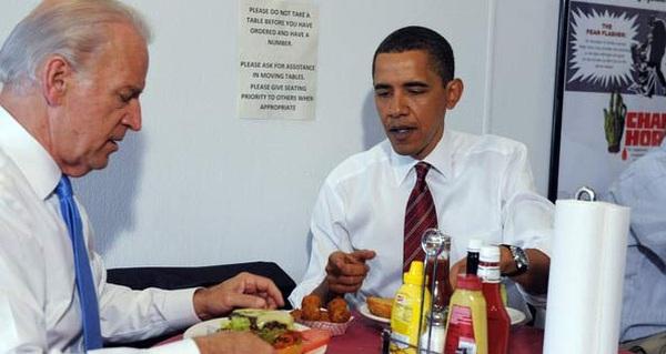 Thú vui ăn uống bình dân của ông Obama