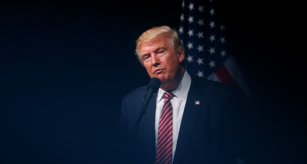 """Ông Trump bị nghi """"mắc bệnh tâm thần"""""""