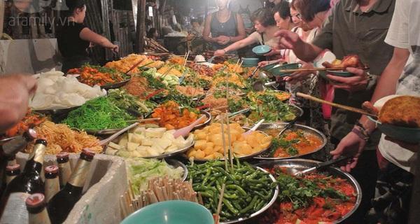 Lạc lối ở chợ đêm Luang Prabang