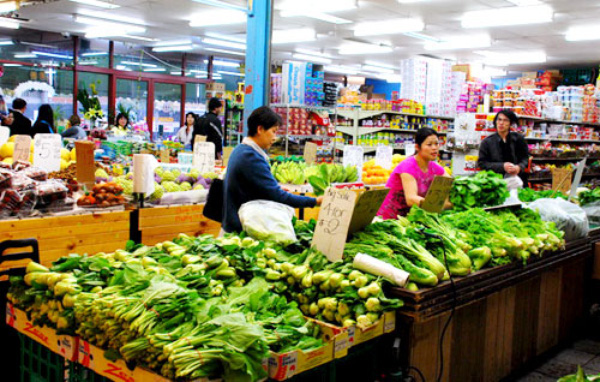 Cận Tết, giá cả hàng hóa không tăng vọt như mọi năm
