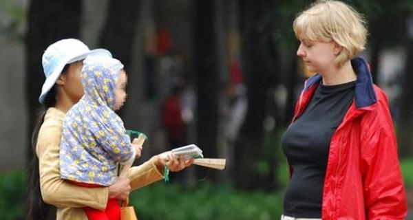 Phó Thủ tướng Vũ Đức Đam: Chưa cần ngoại ngữ giỏi, người làm du lịch phải sạch sẽ và thái độ phục vụ tốt...