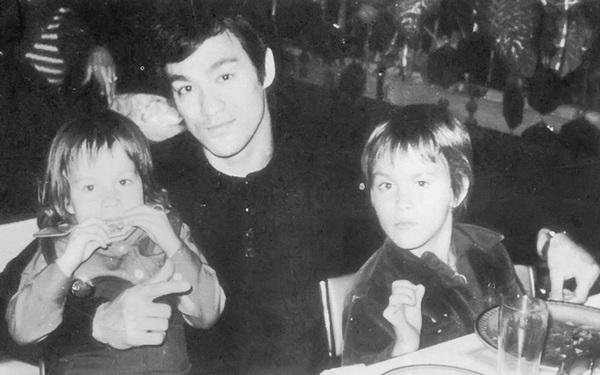 Cha tôi là Lý Tiểu Long và đây là 7 bài học cuộc sống ông đã truyền lại cho tôi