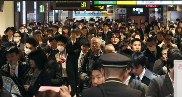 Nhật Bản: Người dân vội vàng di tản, giới chức trách lo lắng về sóng thần sau động đất