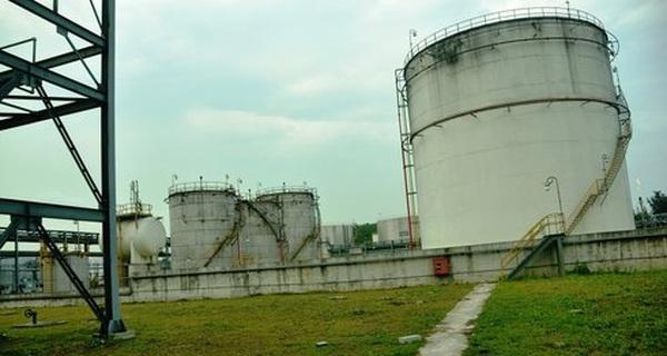'Trùm mền' những dự án Ethanol ngàn tỉ