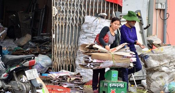 """Chuyện Việt như trong phim Mỹ: Nhà đầu tư bị lừa mua 31 triệu cổ phiếu """"giấy vụn"""" của một công ty... không có thực?"""
