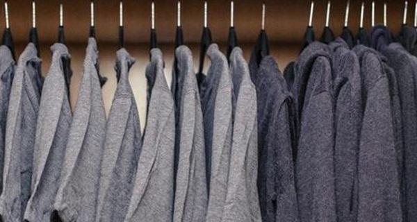 Sau khi dọn tủ quần áo của mình như Mark Zuckerberg, tôi thấy cuộc sống này dễ dàng hơn rất nhiều