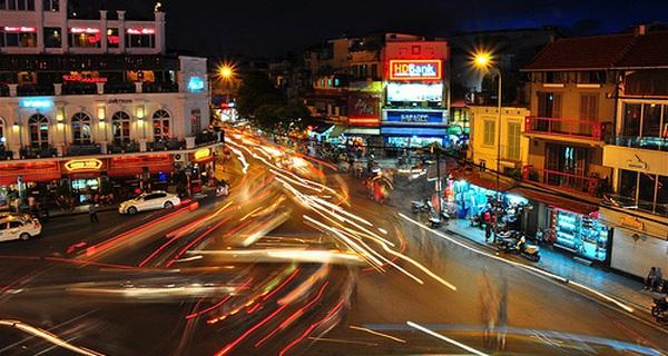 Việt Nam tăng trưởng vượt trội trong khu vực, nhưng vẫn dưới mức tiềm năng