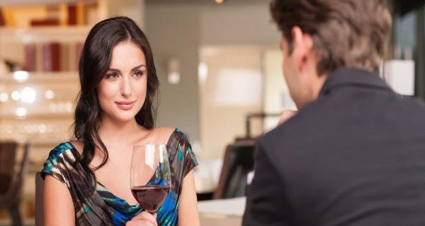 Làm theo cách này, đảm bảo ai cũng ấn tượng với bạn ngay trong lần gặp mặt đầu tiên!
