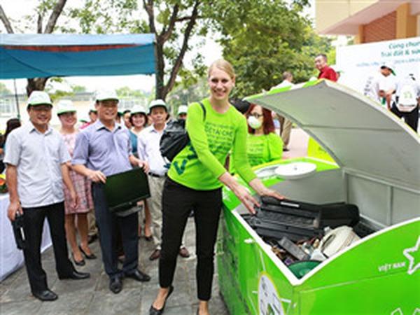 Samsung, LG, Sony... phải có trách nhiệm thu hồi, tái chế rác thải điện tử tại VN