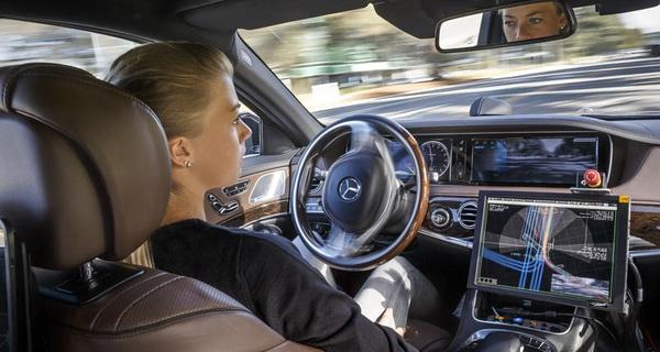Xe tự lái khiến nhiều người phải mất việc, nhưng cuộc sống con người sẽ tốt đẹp hơn