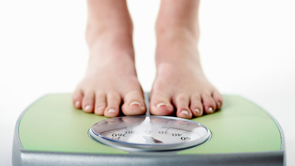 Buổi sáng bạn sẽ nhẹ cân hơn buổi tối, đây là lý do tại sao