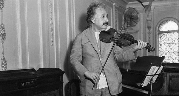 """Cha mẹ nào cũng tin """"Nghe nhạc cổ điển khiến trẻ em trở nên thông minh hơn"""" nhưng đây mới là sự thực"""