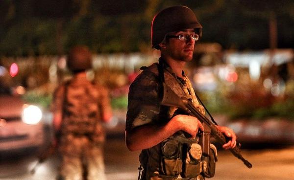 Hỏi đáp từ A đến Z về vụ đảo chính gây chấn động ở Thổ Nhĩ Kỳ