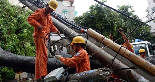 Ngành điện thiệt hại gần 400 tỷ đồng sau bão số 1