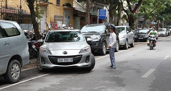 Hà Nội đỗ ô tô ngày chẵn, lẻ: Nếu làm vài tuyến phố thì không giải quyết gì!