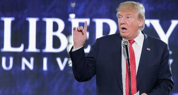 Nếu Trump lên làm tổng thống Mỹ, giá iPhone sẽ tăng cao đột biến