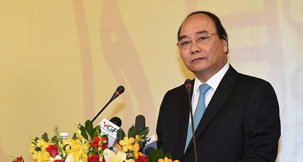 Thủ tướng: Đừng để DN Việt phải thành lập ở nước ngoài chỉ để tránh gánh nặng hành chính!