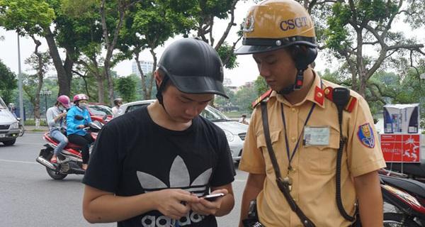 Vi phạm Luật giao thông tăng đột biến vì… Pokemon Go!?