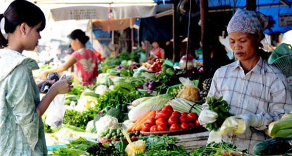 Hà Nội: Giá rau tăng tới 60%, đẩy CPI nhích lên 0,47%