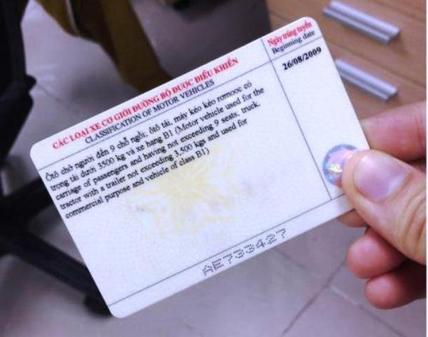 Từ 4/7, Hà Nội sẽ cấp đổi giấy phép lái xe tại nơi làm việc của công dân
