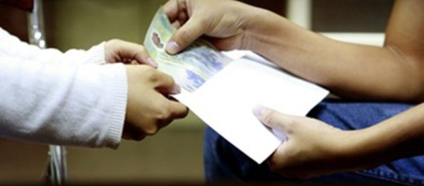 TP HCM: Hối lộ bằng quà biếu vẫn ngấm ngầm diễn ra