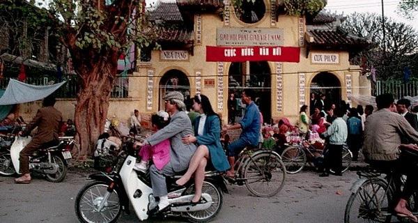 20 năm qua, người Việt đã gọi 'xe máy' là 'Honda' như thế nào?