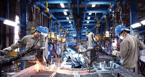 Công nghiệp phụ trợ: Mạnh may, yếu dệt - Mạnh xe máy, yếu ô tô