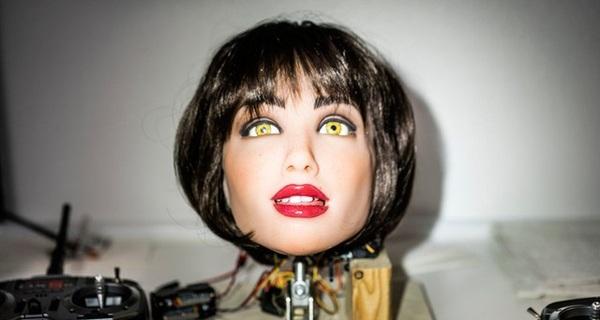 Chỉ vài năm nữa, Robot tình dục có khả năng suy nghĩ và đáp ứng nhu cầu của đối tác sẽ ra đời