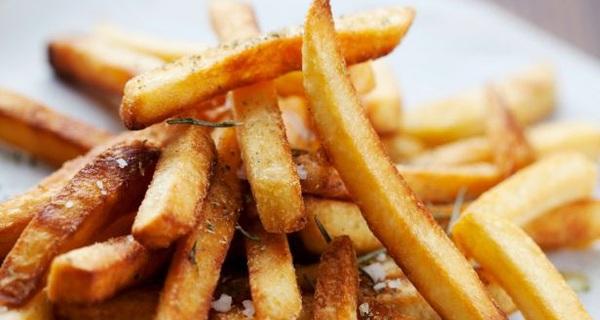 Đừng dùng lò vi sóng hâm nóng những món ăn này