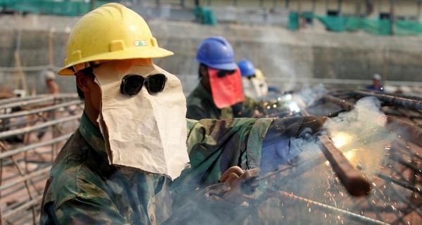 Hệ lụy nguy hiểm của quá trình chuyển đổi mô hình kinh tế ở Trung Quốc