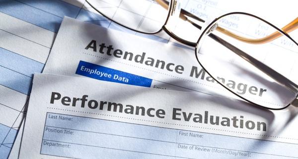 Để quản lý nhân viên hiệu quả, hãy loại bỏ bảng đánh giá thành tích cuối năm
