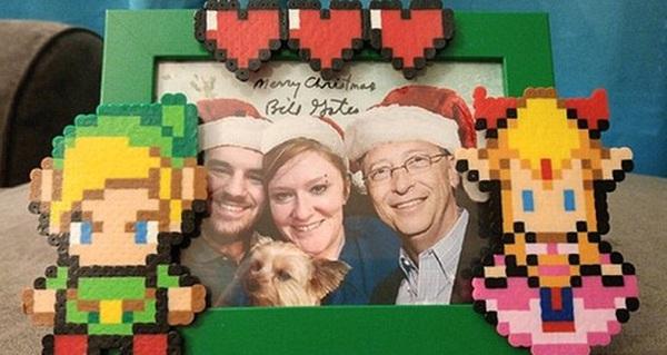 Tỷ phú Bill Gates bất ngờ biến thành ông già Noel