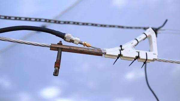 Nhà mạng Mỹ dùng dây điện phát internet không dây tốc độ cao