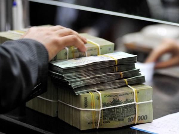 Từ đầu năm, ngân sách đã chi khoảng 2 tỷ USD để trả nợ và viện trợ