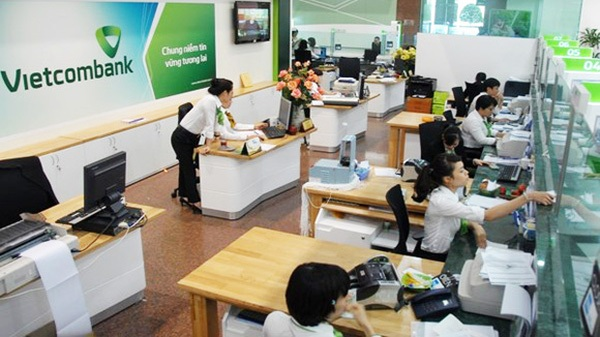 Luật sư: Nhân viên Vietcombank từ chối người khuyết tật mở thẻ là không đúng