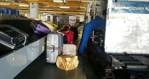 Nhân viên hàng không trộm iPad của khách đi máy bay