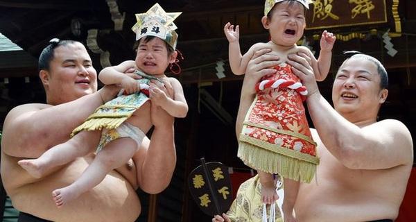 Thực tế buồn: Ở Nhật Bản, DN siêu nhỏ vẫn có thể phát triển thành Toyota, Honda; còn ở Việt Nam, DN chẳng thể lớn