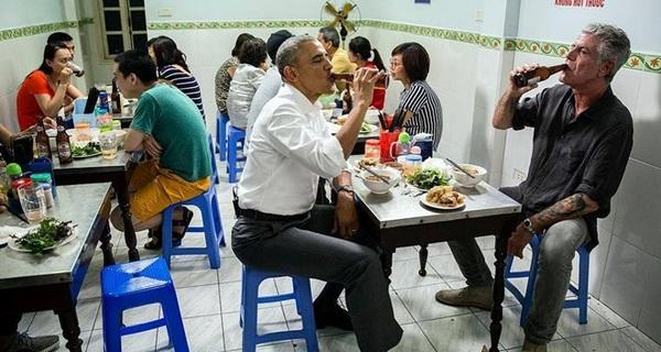 """Bia Hà Nội và Obama: Khi chưa biết """"nguyên liệu Obama"""" có hợp hay không, không dùng có khi lại hay"""