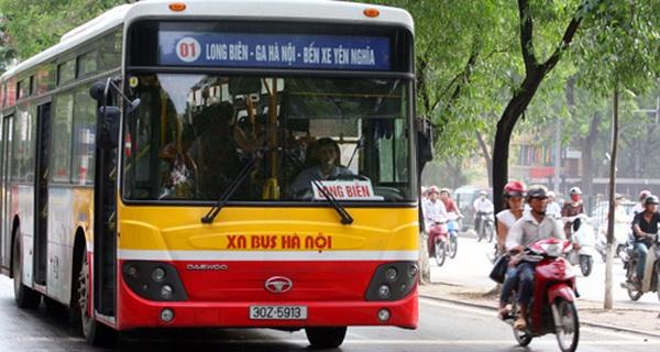 Vì sao người dân không mặn mà với xe bus?