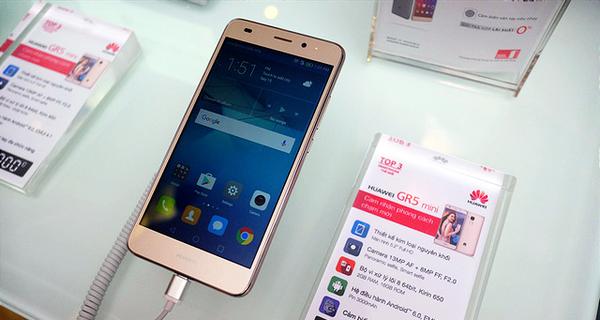 Huawei ra mắt người Việt smartphone GR5 Mini giá 3,9 triệu: có cảm biến vân tay, mặt lưng nhôm