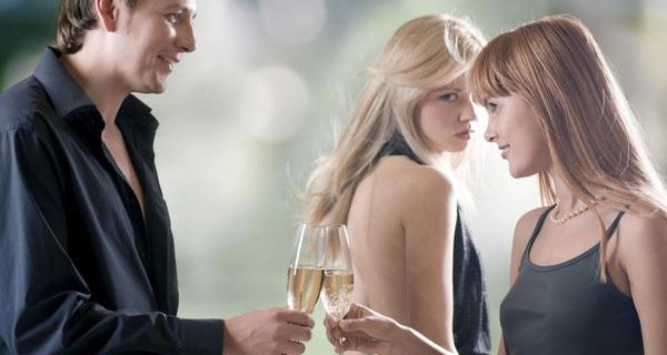 Nghiên cứu đã chứng minh, đàn ông càng thành đạt càng dễ ngoại tình!