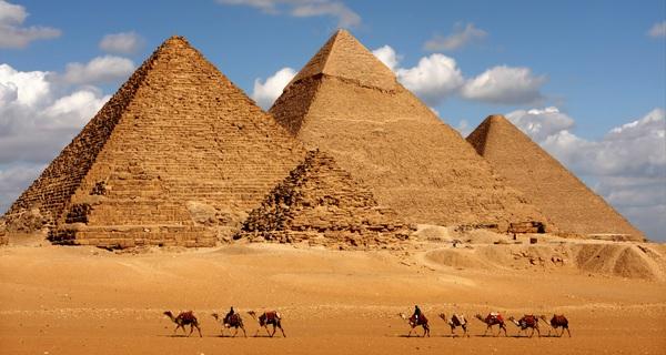 Sau 4.500 năm, cuối cùng chúng ta đã có thể nhìn thấu bên trong những Kim tự tháp bí ẩn của Ai Cập