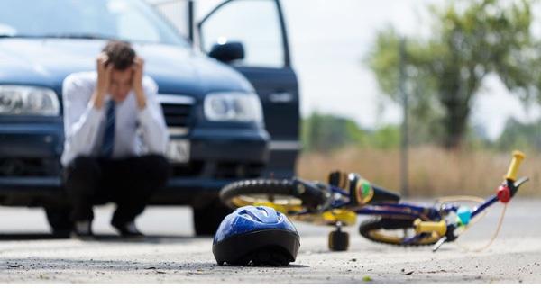 Việt Nam mất 24 người và 300 tỷ đồng mỗi ngày vì tai nạn giao thông