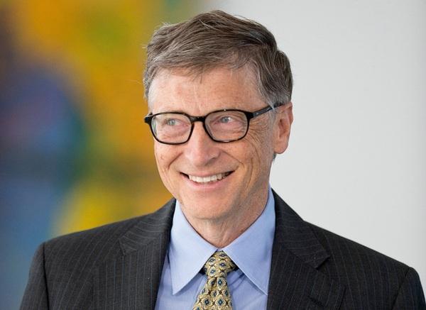 Tại sao tài sản Bill Gates vẫn tăng mạnh, kể cả khi giá cổ phiếu Microsoft đã chững lại cả thập kỷ nay?