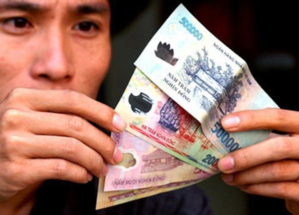 Tin vui: Ví tiền của cán bộ, công nhân viên chức tăng thêm 60.000 đồng nhờ một quyết định của Chính phủ