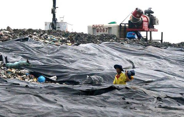 Bất động sản Sài Gòn: Bãi rác Đa Phước bốc mùi hôi thối, chủ đầu tư vẫn bán được nhà
