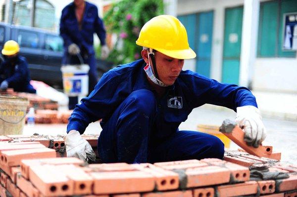"""""""Người Việt khó đạt thu nhập 3.700 USD năm 2020 như kỳ vọng của Chính phủ"""""""